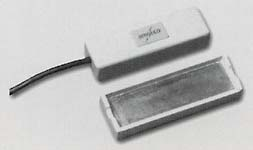 pull-apart-base surface mount contact